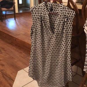 Dresses & Skirts - Beautiful white and black dress